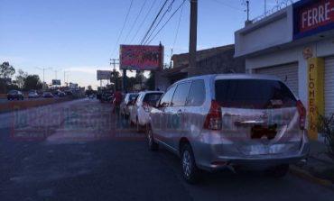 Carambola en Salvador Nava, cuatro vehículos los implicados