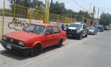 Recuperan dos vehículos con reporte de robo