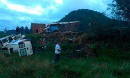 Mueren 15 personas quemadas en accidente con ambulancias en Brasil