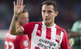 Con emotiva carta Guardado se despide del PSV