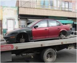 Localizan en la Zona Metropolitana cuatro vehículos robados y uno abandonado