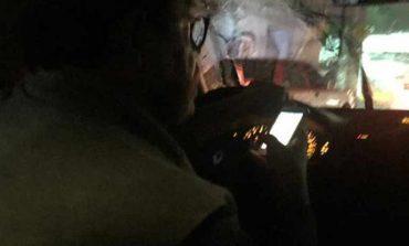Usuaria denuncia a conductor de UBER por ver pornografía mientras conducía