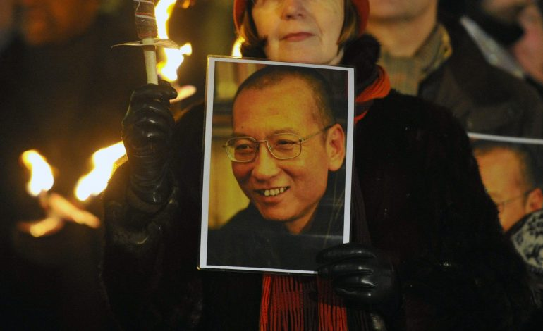 Pierde la batalla contra el cáncer el Nobel de la Paz Liu Xiaobo