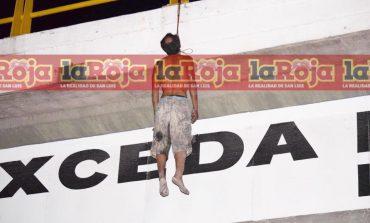 Cuelgan cadáver en puente de carretera Matehuala y Periférico