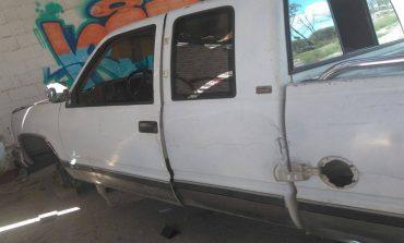 Localizan dos vehículos robados, uno de ellos desvalijado