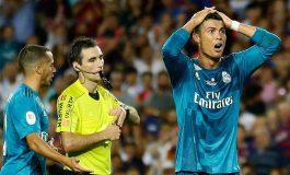 Suspenden 5 partidos a Cristiano por 'empujón' a árbitro