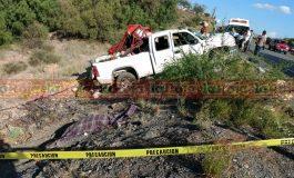 Mortal volcadura en Carretera a México