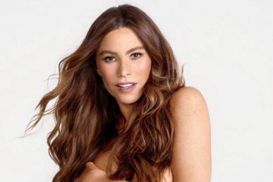 Sofía Vergara posa desnuda a sus 45 años