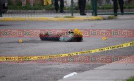 Hombres armados ejecutan a sujeto en Plaza Comercial de Industrias