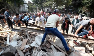 Se eleva a 286 la cifra de muertos por sismo en México
