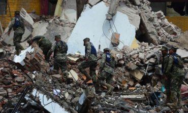 Suman 65 los muertos por sismo en México