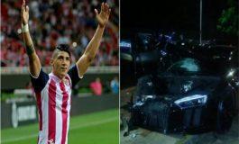 Alan Pulido resulta ileso en accidente vial