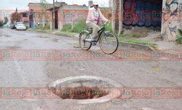 Baches en la Ciudad: Auténtico dolor de cabeza para conductores y autoridades