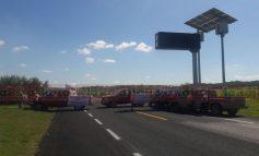 Ejidatarios bloquean autopista Tamuín a Valles por falta de pago de autoridades