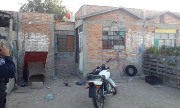Abandonan motocicleta robado en Residencial Soledad