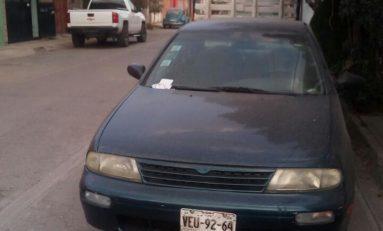 Desvalijan y abandonan vehículo reportado como robado