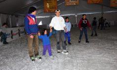 Abren pista de hielo en Soledad
