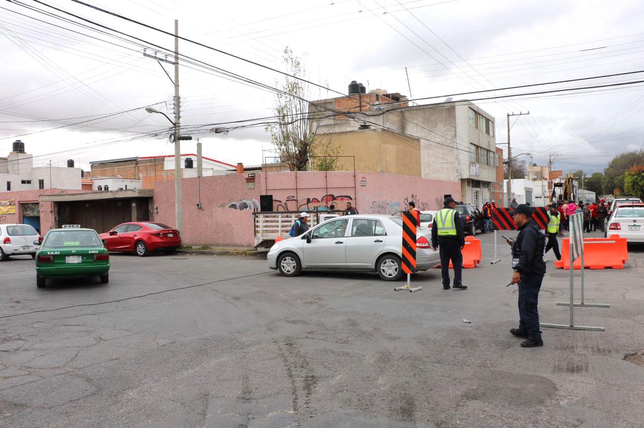 Aplican dispositivo vial por trabajos de rehabilitación en calle García Diego