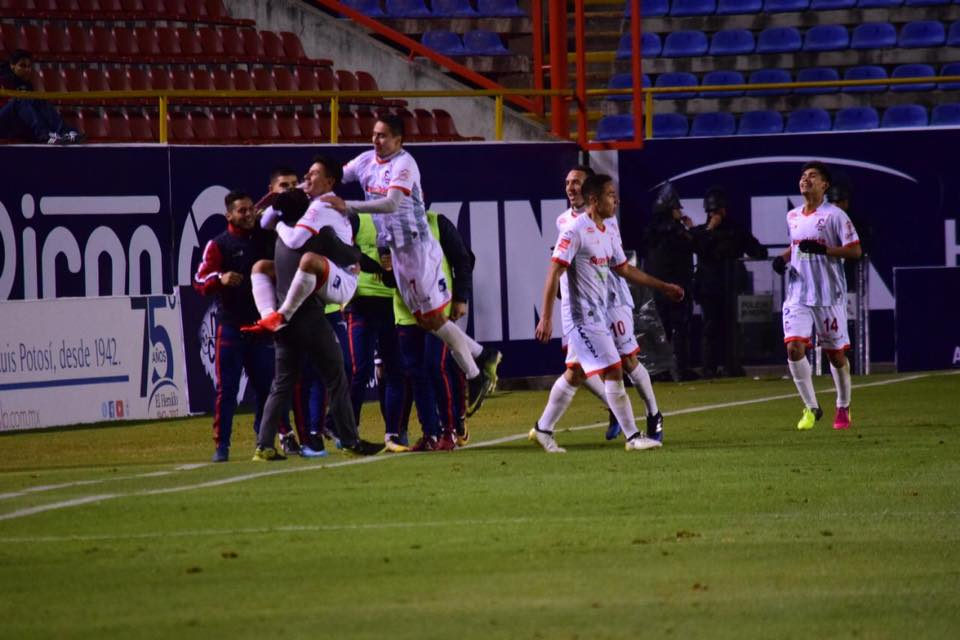 Fría y triste noche para la afición del Atlético SL, perdieron en casa nuevamente