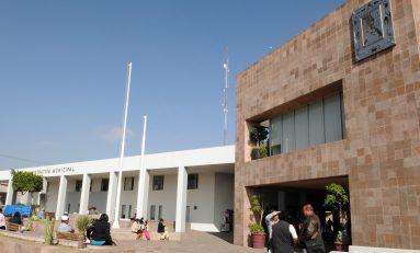 Ayuntamiento capitalino cumple con segunda entrega de aguinaldo