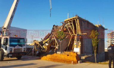 Cae obra en construcción; cinco lesionados