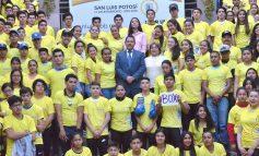 Alcalde Ricardo Gallardo Juárez abandera a más de mil jóvenes deportistas