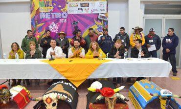 """Este domingo el """"Carnaval Retro San Luis"""" recorrerá la ciudad en 30 carros alegóricos"""