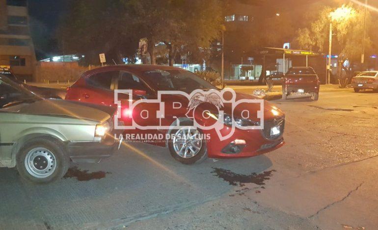 Choque en Av. Jesús Goytortua deja solo daños materiales