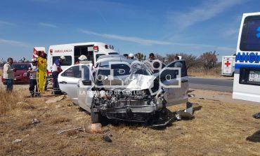 Cinco lesionados en fuerte choque
