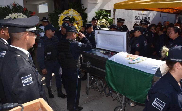 Despiden con honores a policía de Soledad asesinado