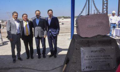 Alcalde de Soledad y directivos de Suacero colocan primera piedra de planta industrial