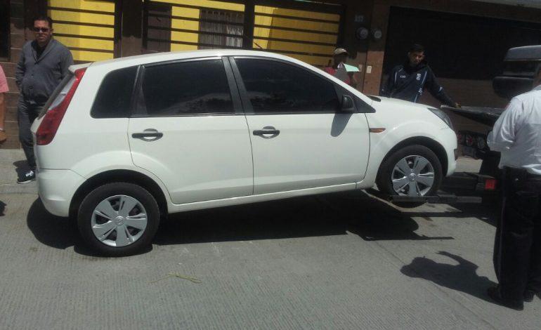 Recuperan auto robado con violencia en Guanajuato