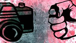 Suspenden a policía ministerial que agredió a periodista
