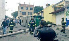 Vuelca metrobús en la Ciudad de México, al menos 17 heridos