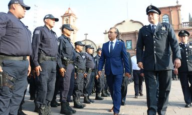 Alcalde interino encabeza pase de revista a elementos de Seguridad Pública