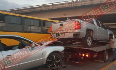 Aparatoso choque en Carretera a Matehuala