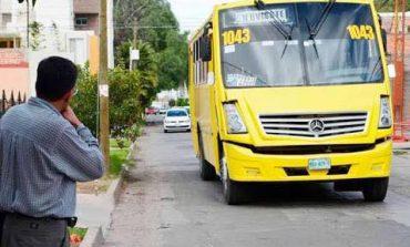 A mano armada asaltan camión de transporte público