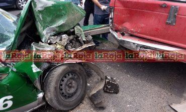 Falla mecánica y exceso de velocidad causaron aparatoso choque en la Rioverde
