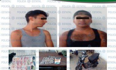 Capturan a narcomenudistas cuando viajaban en motocicleta repletos de droga
