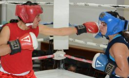 """Mañana, final de torneo de Box """"Puños de Oro"""", frente a Teatro de La Paz"""
