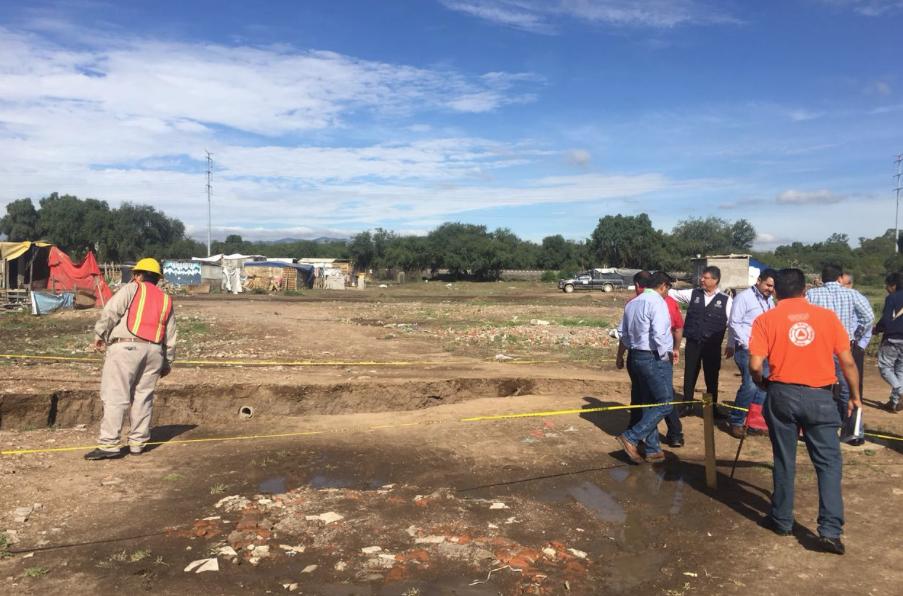 Revisan falla geológica en Comunidad de Peñasco para evitar riesgos en habitantes y bienes