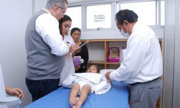 DIF Capitalino brinda aplicación de toxina botulínica a 14 pacientes de UBR