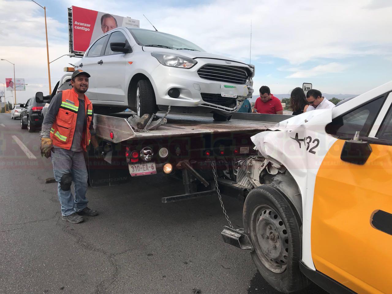 Conducía  a exceso de velocidad y ocasiona aparatoso accidente en la Matehuala
