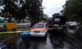 """Motociclistas asesinan a taxista en la CDMX por que """"los mojó"""""""