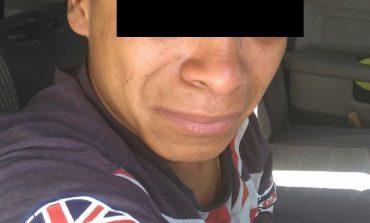 Andaba en su motocicleta con placas sobre puestas, fue detenido en La Alameda
