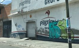 Por prácticas insalubres, vecinos denuncian a comercio de venta de pollos en Gálvez