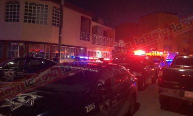 Emboscan a policías municipales en Pavón