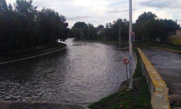Cierran Río Santiago por apertura de compuertas de Presa San José