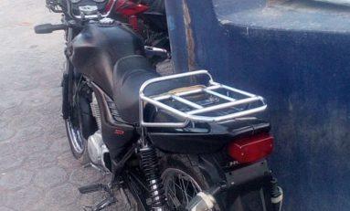 Recuperan motocicleta con reporte de robo