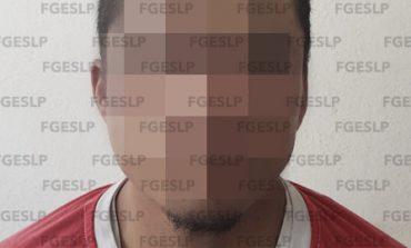 Arrestan a sujeto vinculado a más de 100 robos en tiendas de conveniencia